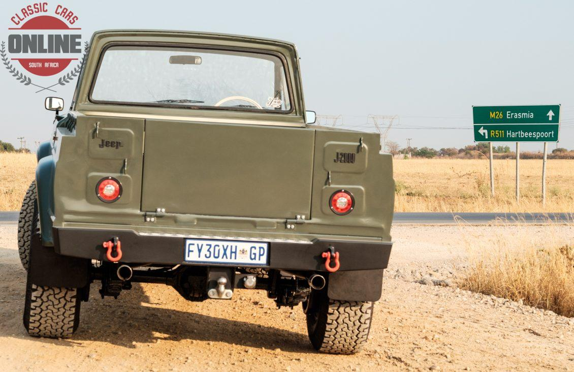 Classic Cars Online » Jeep Gladiator J2000 1966